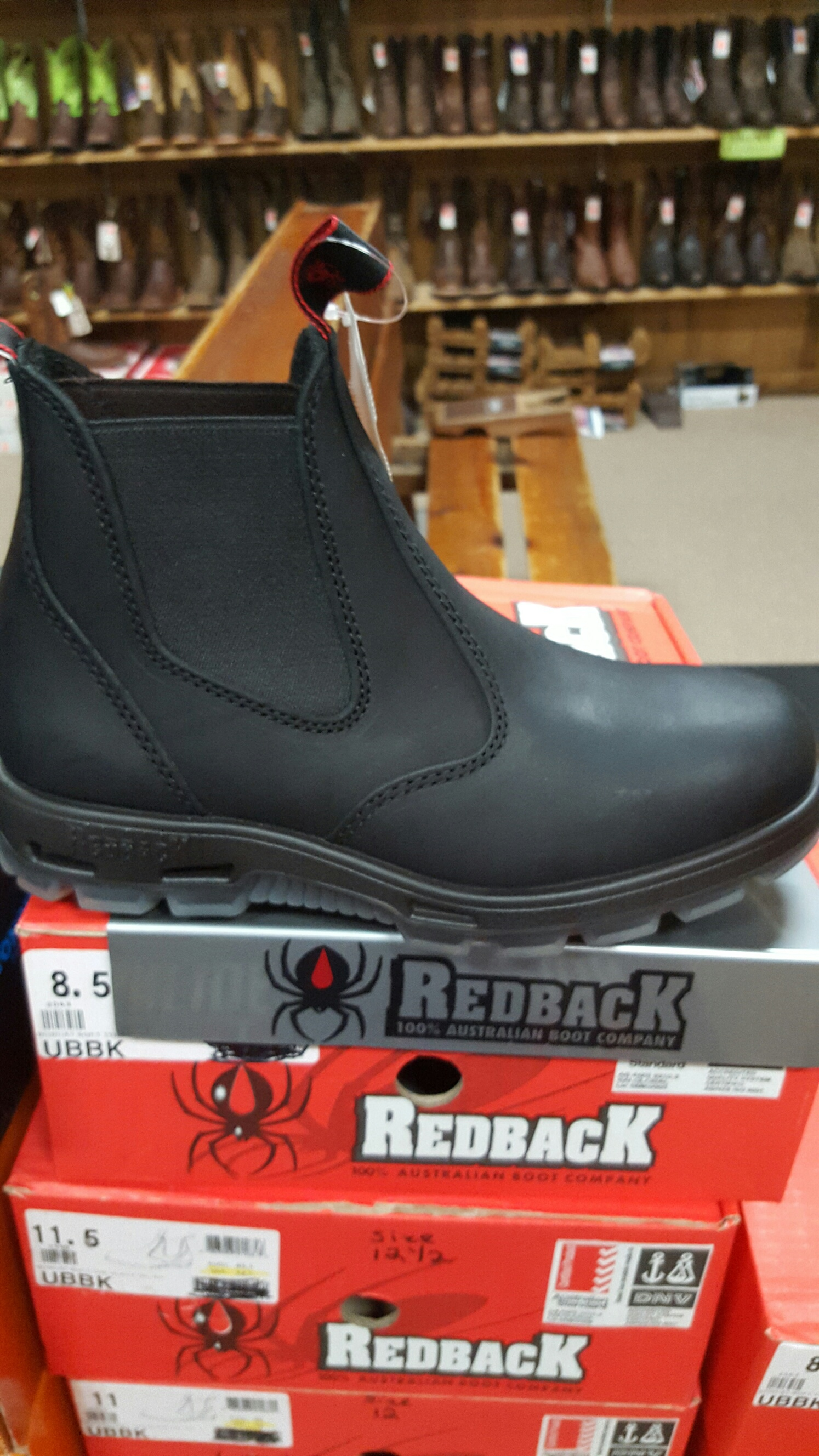 New Excellent Work Boots – Redback